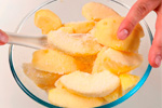 Pomme coupée pour faire la pomme semi-candidée